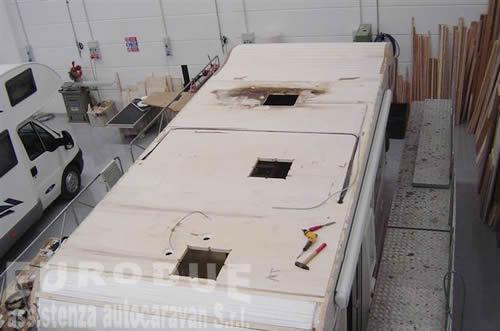 Plafoniera Per Roulotte : Ricambi roulotte caravan e camper usati in vendita ferrara